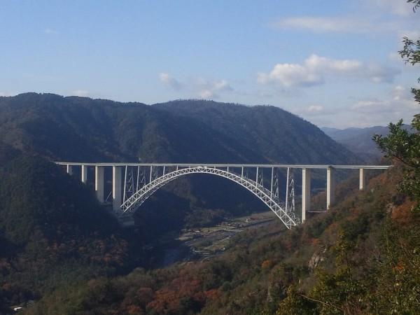 広島空港大橋(大和町 棲眞寺から望む)