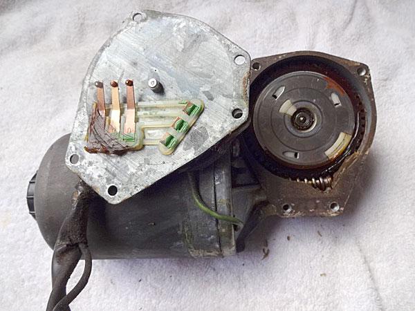リトラクトランプ修理